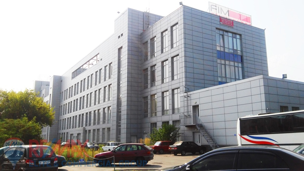 NO COMMISSION!  For sale Business center Class B, 9200 sq.m., 1.1556 hectares,  Dniprovskiy district, st. Magnitogorska, 1